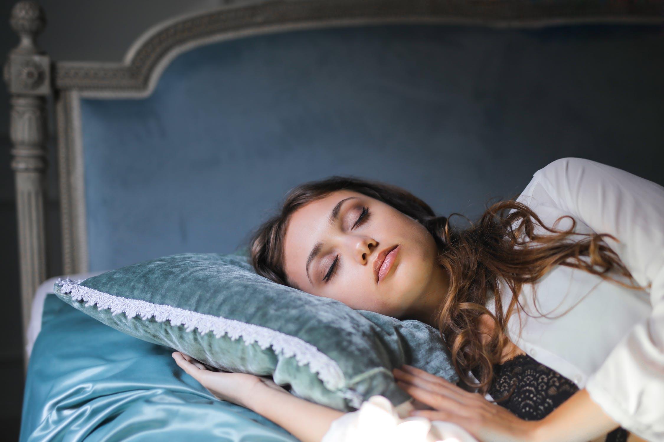 Read more about the article I migliori cuscini per dormire bene in gravidanza