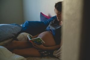 Read more about the article Libri da leggere in gravidanza: i 5 che proprio non puoi perdere