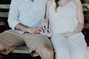 foto gravidanza scarpine neonata